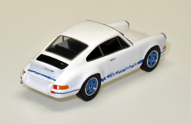87011 2 Porsche  911 Carrera RS 73