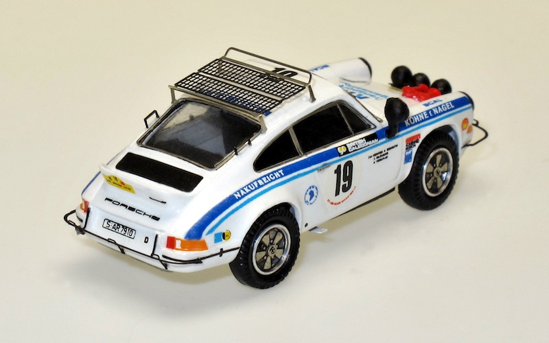 87012 2 Porsche 911 Carrera RS East African Safari 74