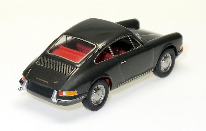 87030 2 Porsche 911 Coupe 65