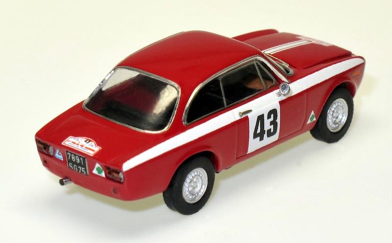 87033 2 Alfa Romeo GTA Tour de Corse 66