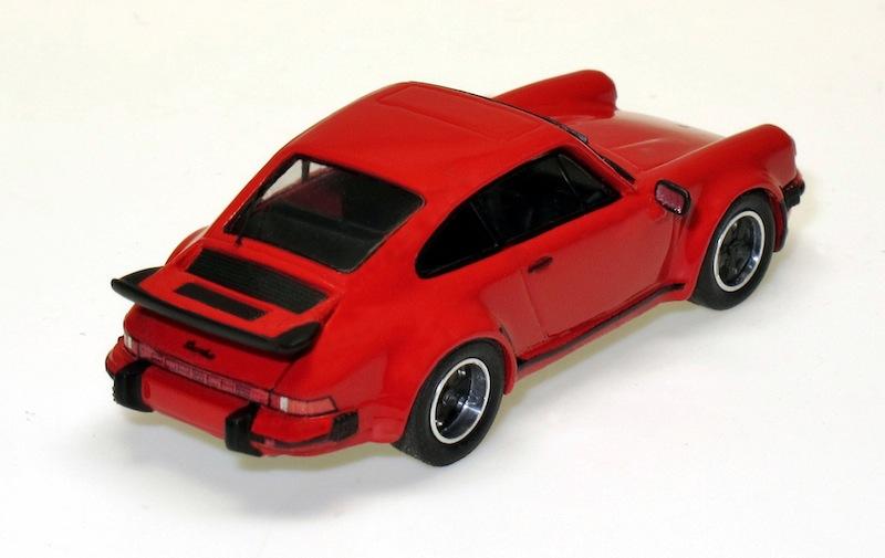 87073 2 Porsche 911 Turbo 3.0l