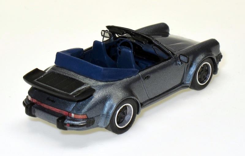 87075 2 Porsche 911 Turbo Cabrio 3.3l