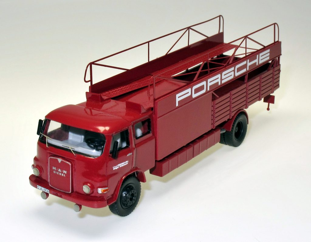 87604-1-porsche-renntransporter-man-61-69