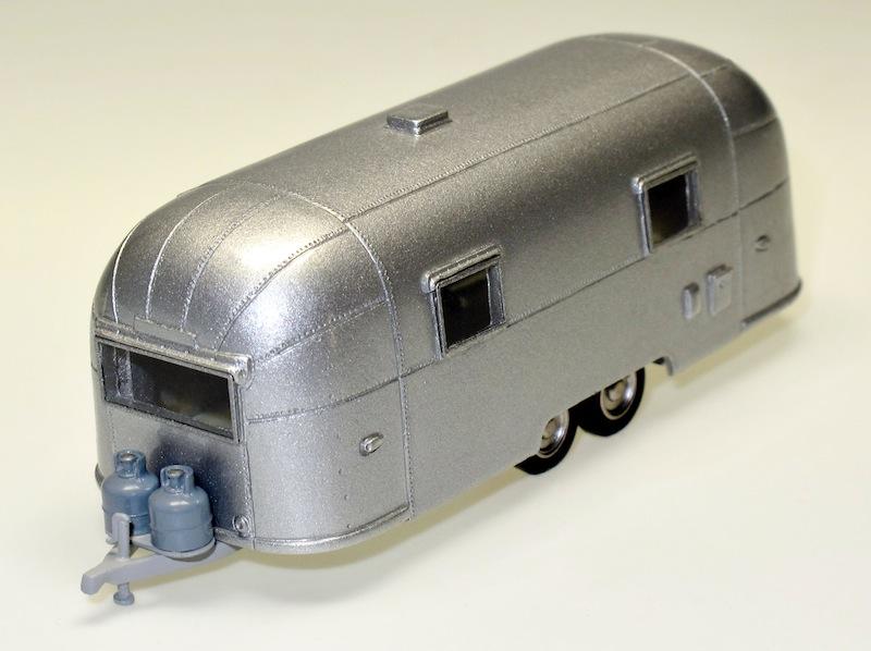 87020 1 Streamlined American Caravan 2 Achsen 2 axles