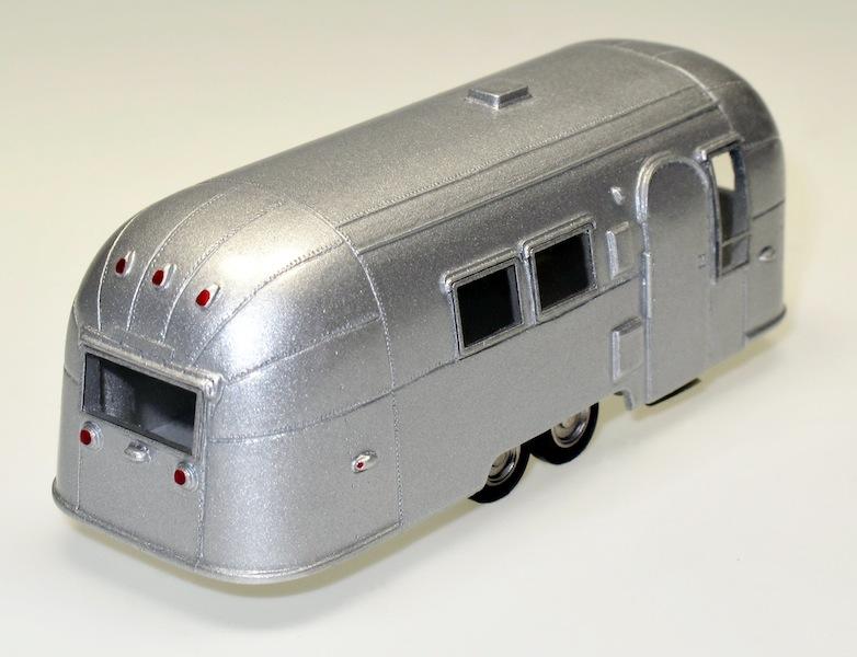 87020 2 Streamlined American Caravan 2 Achsen 2 axles