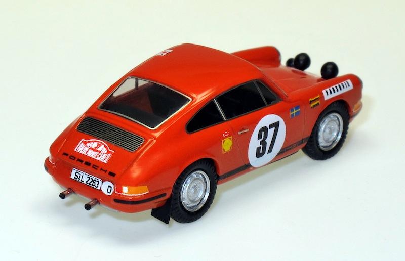 87031 2 porsche 911 Rallye Monte Carlo 69
