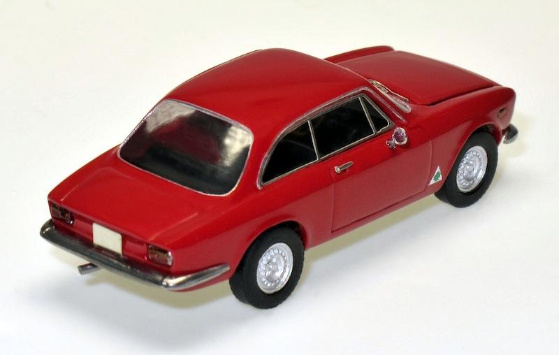 87032 2 Alfa Romeo GTA