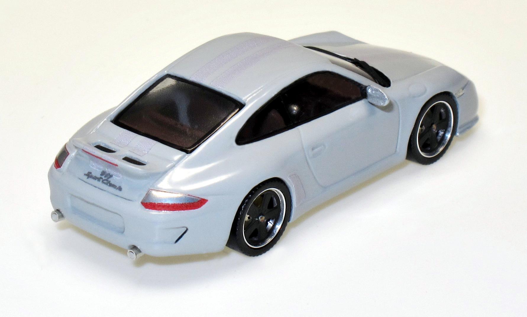 87081 2 Porsche 911 Sport Classic (997)